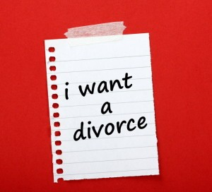I want a divorce written on a paper note stuck to a notice board