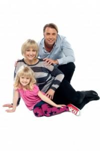 ID-100177611.jpg Parents & child
